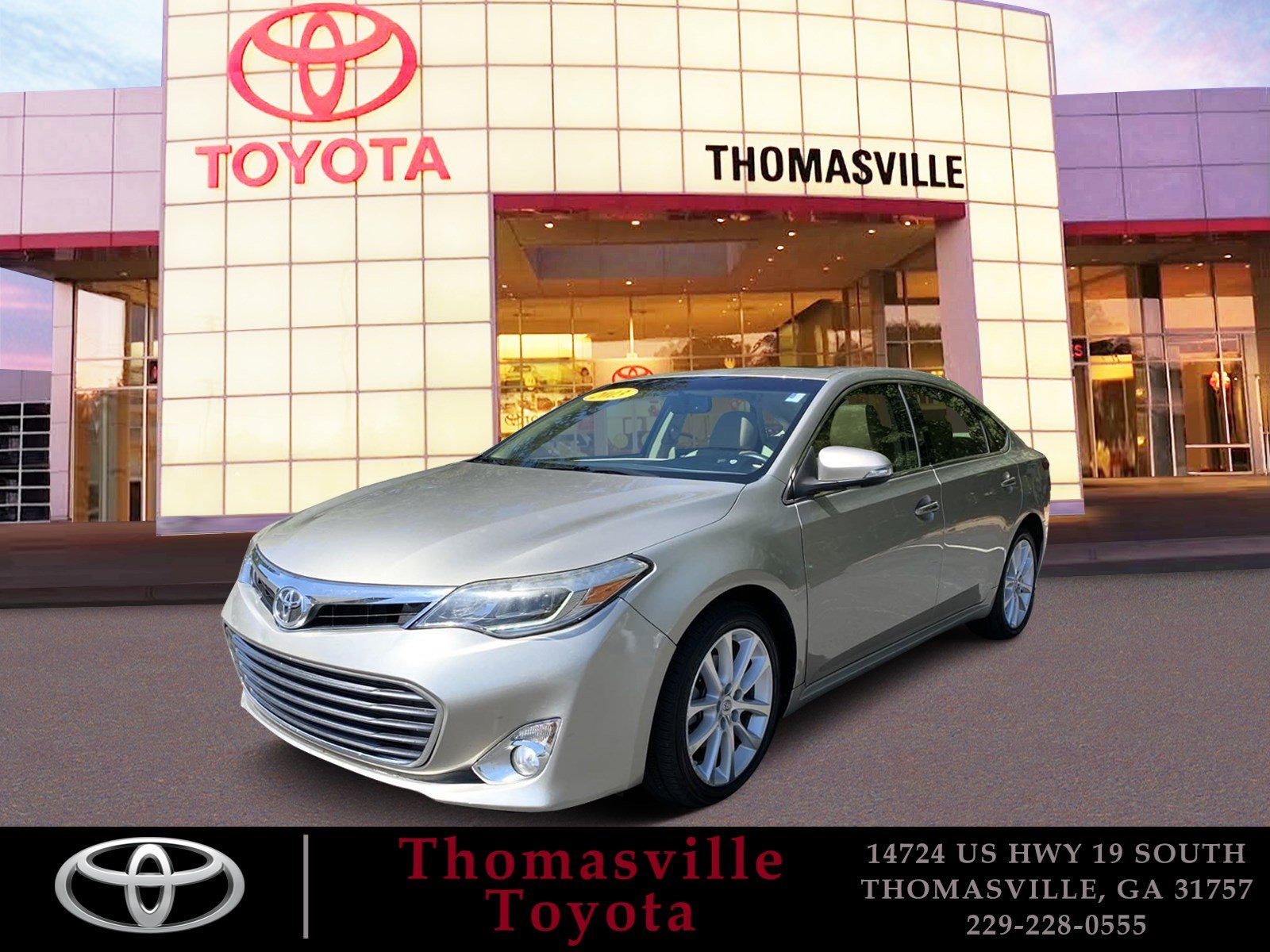 Pre-Owned 2013 TOYOTA AVALON LIMITED